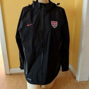 c95a0c95e Nike. Nike Women's US Soccer Team Gortex Jacket